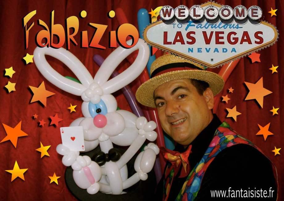 Artiste à Saint Leu île de la Réunion, Fabrizio le magicien sculpteur de ballons sur l'île de la Réunion spécialiste des anniversaires pour enfants et close-up magique à la Réunion 974