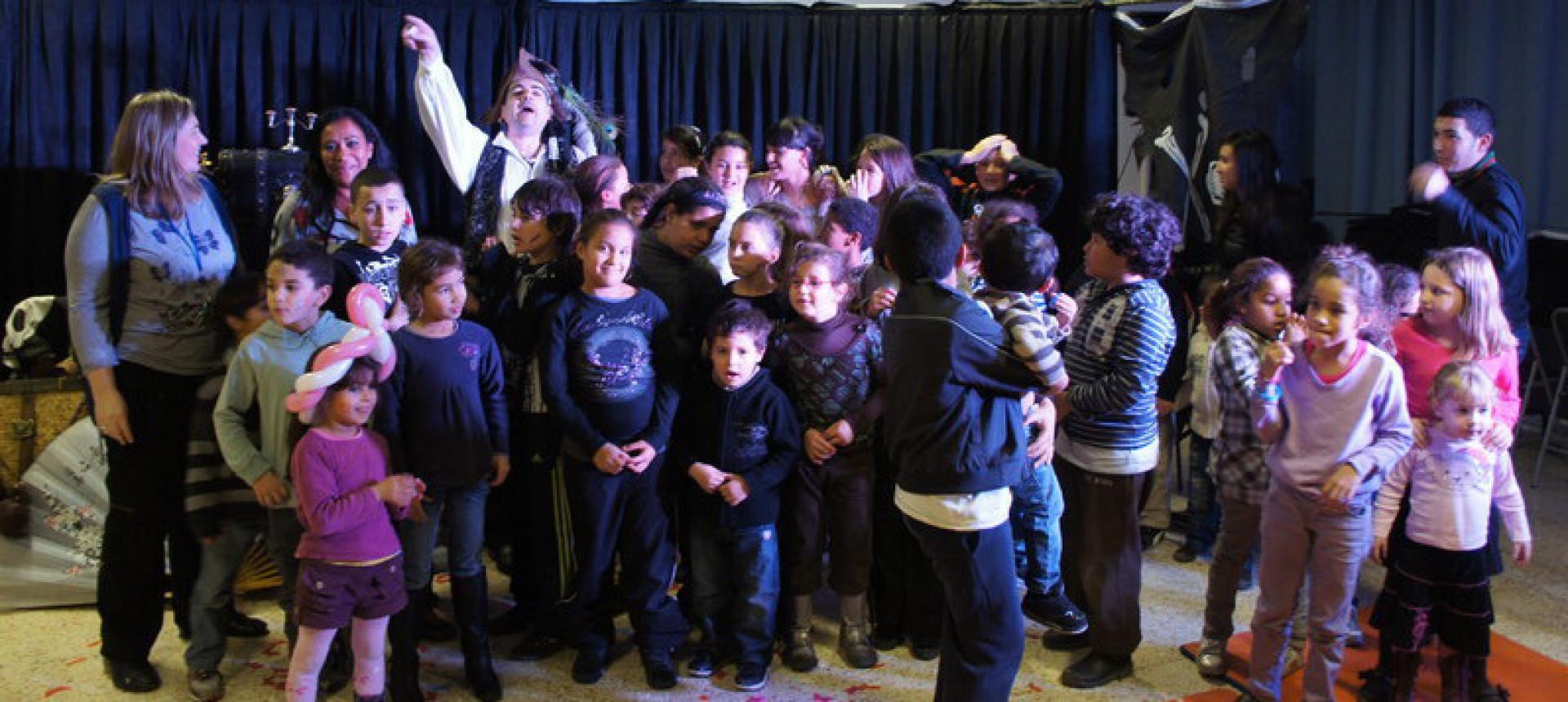 Fabrizio le pirate à Marseille, spectacle de magie pour enfants en provence, magicien pour enfants à Marseille etrégion PACA France