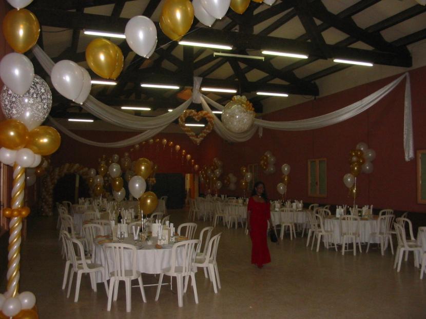 décoration en ballons pour mariages à Marseille, décoration ballons réalisée par Fabrizio le spécialiste des ballons àen provence et Marseille PACA