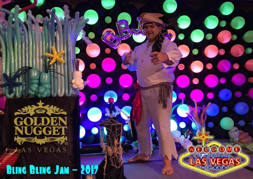 Fabrizio at the Bling Bling Jam 2017 in Las Vegas Nevada USA, Fabrizio's Pirate Magic and Balloon Show at The Golden Nugget Las Vegas, fabrizio magician and pirate from marseille France perform in Las Vegas at the 2017 Bling Bling Jam