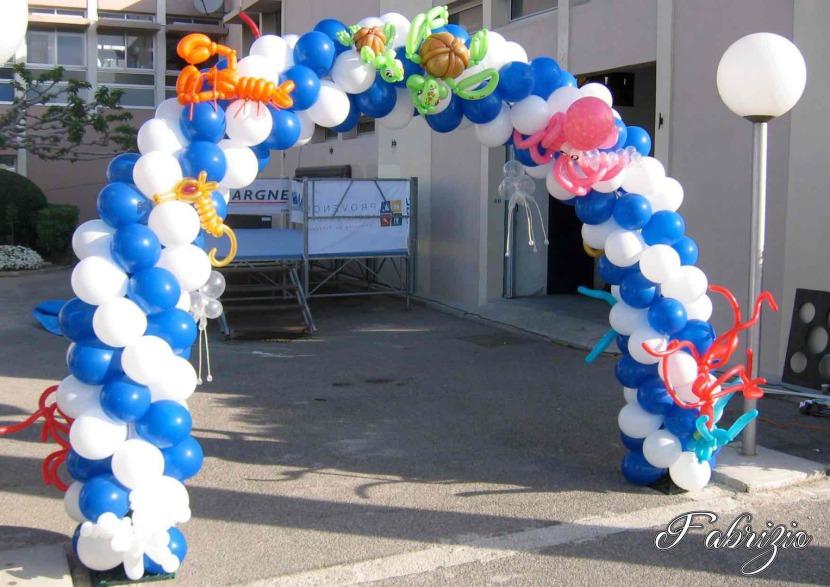 arche en ballons réalisée par Fabrizio pour l'YCPR de Marseille France, décoration ballons en Provence, Balloon Artist in France