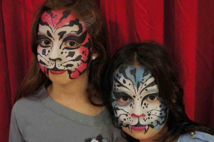 les maquillages de tigres par Fabrizio le magicien des pinceaux à Marseille France