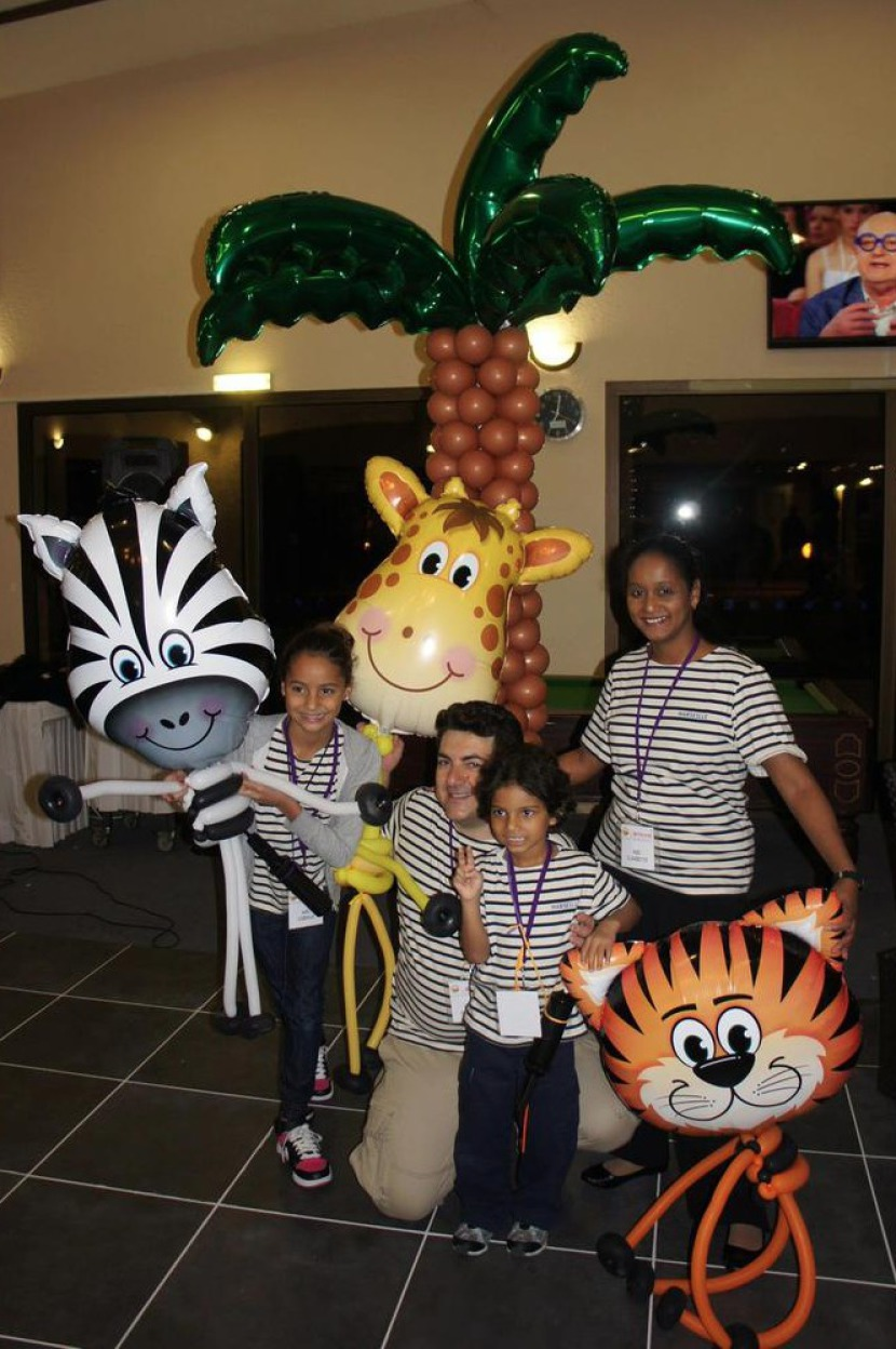 Ballons de la savane, jungle en ballons avec la famille Ballons en France, décoration ballons à Marseille