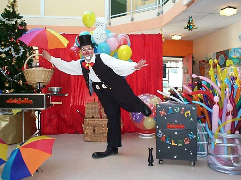 clown magicien des ballons à Marseille Fabrizio magicien fantaisiste