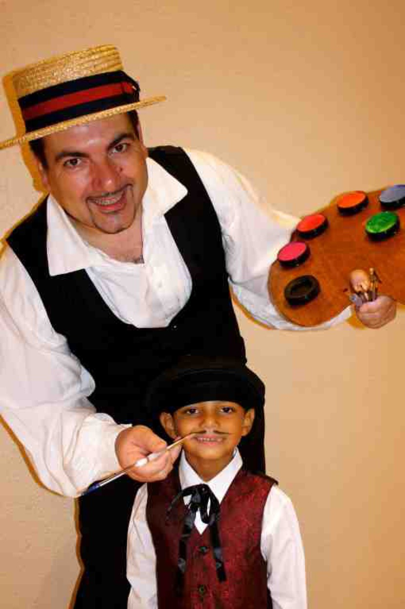 Fabrizio l'artiste maquilleur des enfants à Marseille