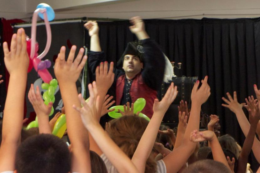 spectacle pour enfants avec Fabrizio le magicien Marseille provence