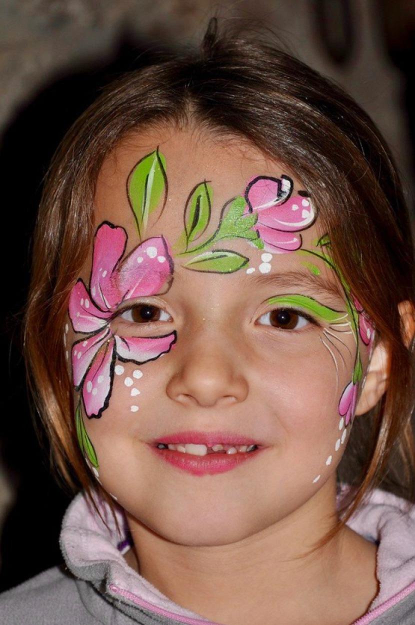 maquillage de fleur exotique de Fabrizio, maquillage de fleur rose, maquillages de fleur tropicale à Marseille