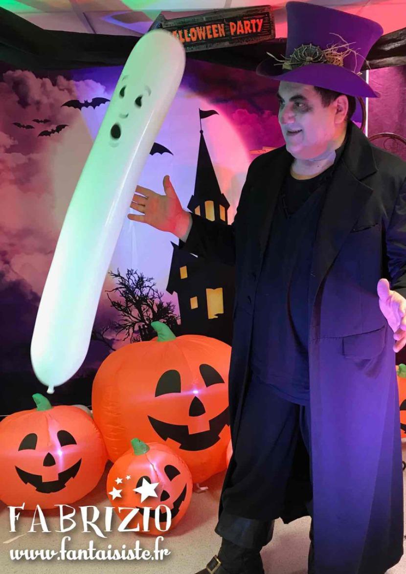 décorations Halloween à Marseille avec Fabrizio, Halloween avec Fabrizio le magicien des ballons à Marseille, Halloween en Provence