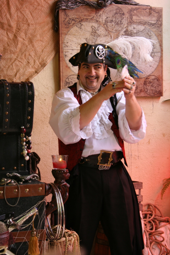 magicien pirate à Marseille, spectacle pour les enfants à Marseille, spectcale de magie en Provence