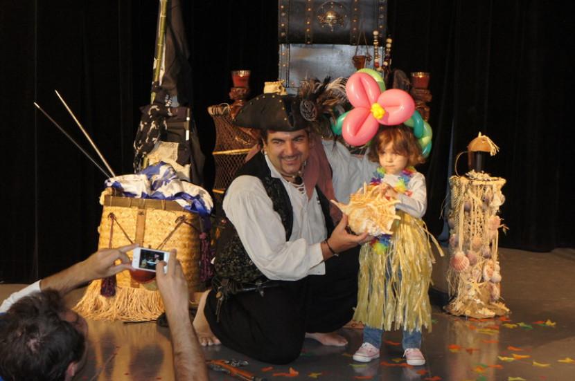 magicien pirate à Marseille pour les anniversaires à domicile