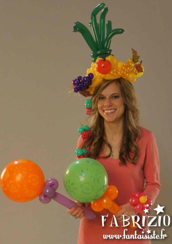 chapeau tropical en ballons de Fabrizio le magicien Marseille