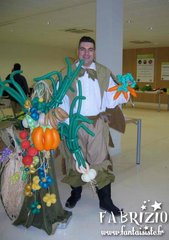 sculpteur de ballons fruits et légumes fabrizio Bolzoni