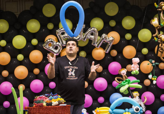 Balloon Twister Fabrizio in Las Vegas, sculpteur de ballons international à Las Vegas