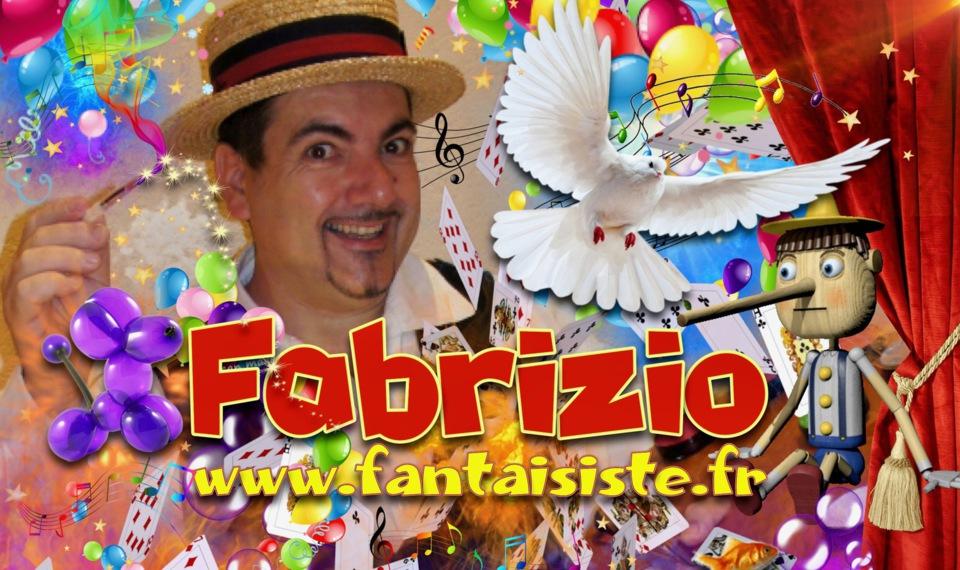 Fabrizio le magicien des enfants avec ses maquillages, spectacles, ventriloquie, sculptures de ballons, close-up magique pour vos soirée magiques